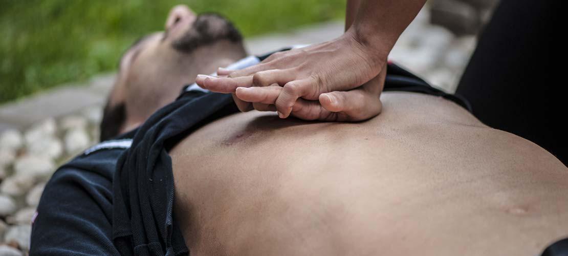 FAST FIRST-AID # 2 - EMERGENCY CARE SKILLS